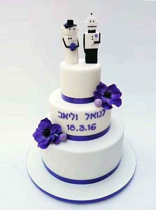 תמונה של עוגת חתונה רובוטים