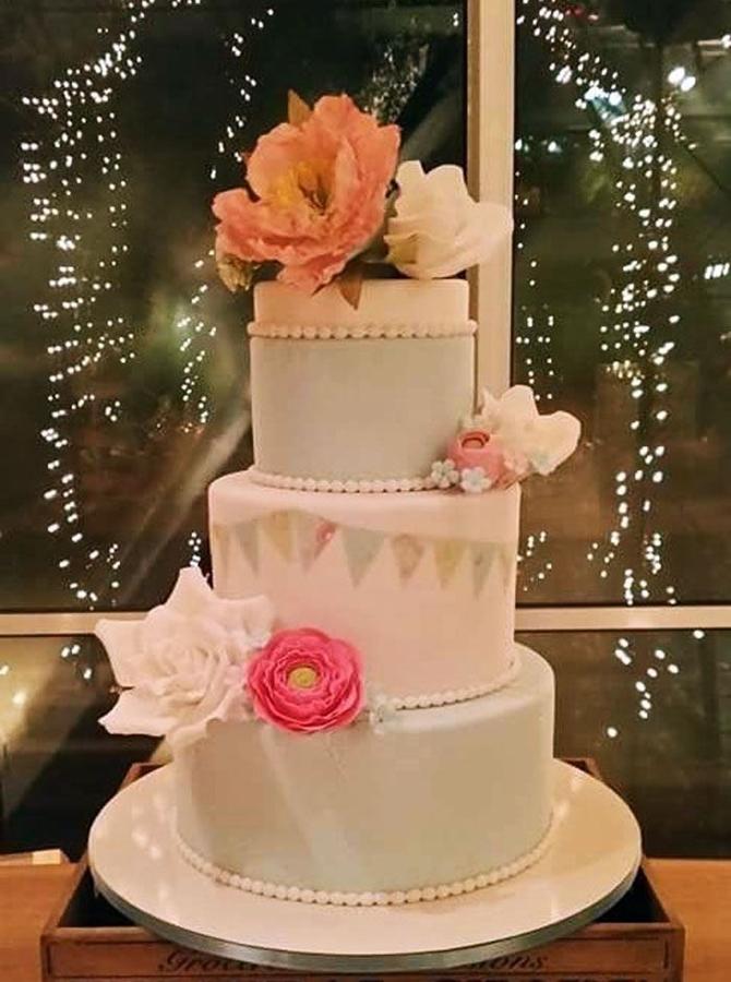 תמונה של עוגת חתונה צבעים בחורף 22