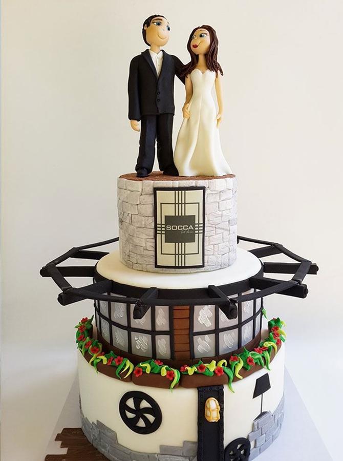 תמונה של עוגת חתונה לתצוגה
