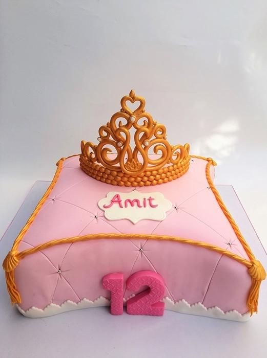 תמונה של עוגת בת מצוה כרית וכתר