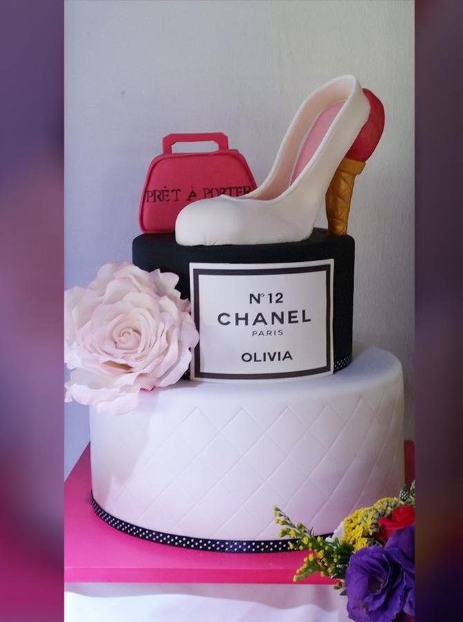 תמונה של עוגת בת מצווה לפשניסטה
