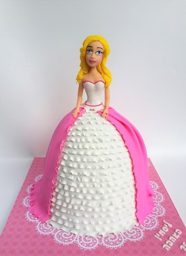 תמונה של עוגת יום הולדת ברבי