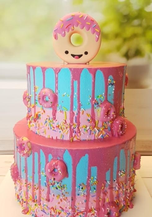 תמונה של עוגת דונאטס
