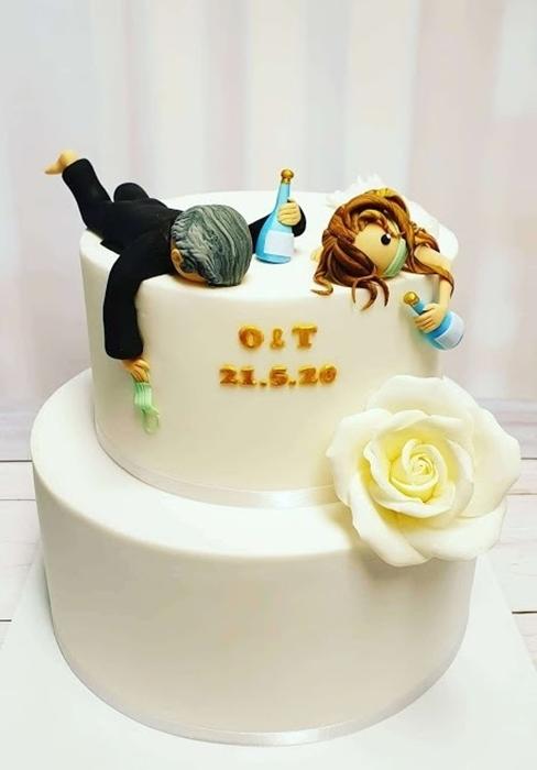 תמונה של עוגת חתונה בימי קורונה